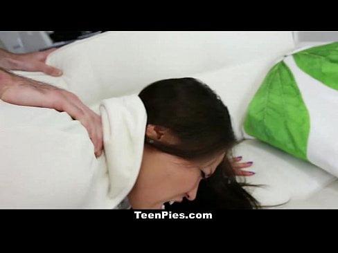 หนังโป๊ฝรั่ง,หีฝรั่ง สาวไทยโกลอินเตอร์เย็ดกับผัวฝรั่งกระจู๋ใหญ่มากๆเย็ดหีแทบบานอมกระจู๋อย่างเด็ดครางเสียวมาก